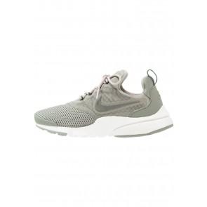 Nike Footwear Presto Fly - Chaussures de Sport Basse/Faible - Gris Stuc Foncé/Gris Rivière Roche - Femme