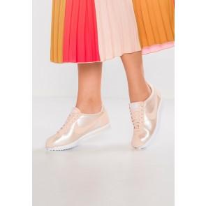 Nike Footwear Classic Cortez - Chaussures de Sport Basse/Faible - Orange Quartz/Blanc - Femme