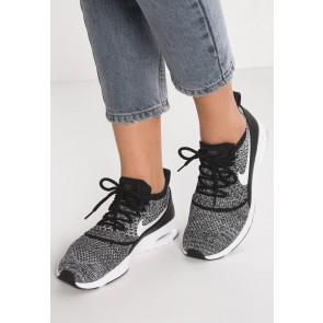 Nike Footwear Air Max Thea ULTRA Flyknit - Chaussures de Sport Basse/Faible - Noir/Blanc - Femme/Homme